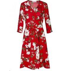 sukienka kopertowa w kwiaty