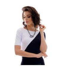 blusa com duas cores preto e branco feminina meia manga decote canoa
