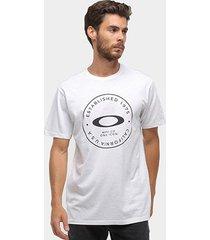 camiseta oakley mod fraction whased masculina - masculino