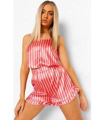 satijnen roze gestreepte pyjama set met shorts en franjes, hot pink