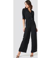 na-kd wide leg belted jumpsuit - black