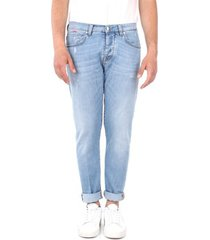 skinny jeans two men 10481 yhp3f 9052