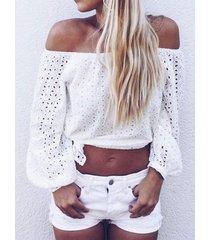 blusa con mangas 3/4 de longitud y diseño hueco blanco fuera del hombro
