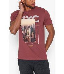jack & jones jorcool city tee ss crew neck t-shirts & linnen mörk röd