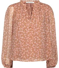vilma blouse