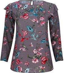 blusa estampada con arandelas