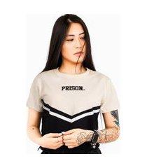 camiseta cropped prison feminina fancy off white
