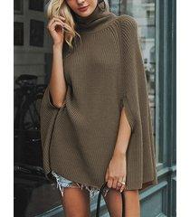 capa de suéter de manga larga con cuello alto camel