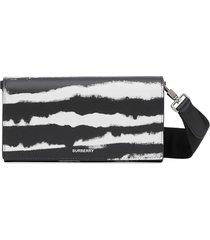 burberry watercolour print crossbody wallet - black