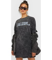 nly trend extra oversize tee dress loose fit dresses