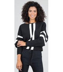 blusa feminina cropped ampla em tricô com listras manga longa decote redondo preta