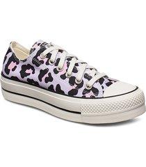 ctas lift hi låga sneakers lila converse