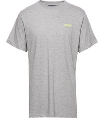 svea r small chest logo t-shirt t-shirts short-sleeved grå svea
