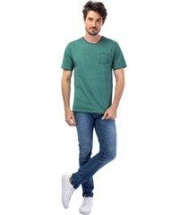camiseta masculina com bolso verde - verde - masculino - dafiti