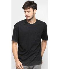 camiseta osklen double bold bolso masculina - masculino