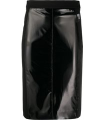 love moschino slim-fit patent skirt - black