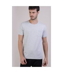 camiseta masculina básica com bolso manga curta gola careca cinza mescla