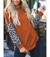 suéter de manga larga redondo de leopardo naranja cuello