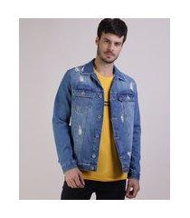 jaqueta jeans masculina trucker destroyed com recortes e bolsos azul médio