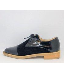 zapato negro bettona aukland