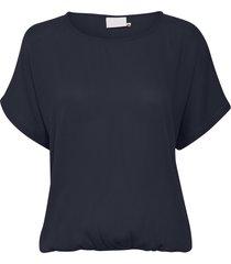 amber stanley t-shirt