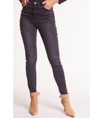 dopasowane jeansy ze zdobieniami dixi