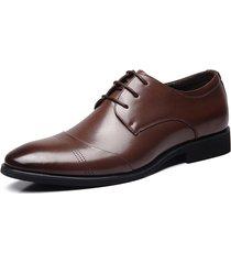 uomo scarpe stringate formali a punta con stile classico business
