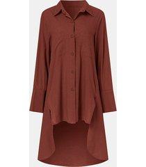 camicetta lunga per donna a maniche lunghe con bottoni a risvolto tinta unita