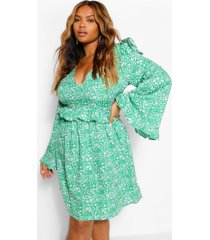 plus floral ruffle wide sleeve skater dress, green