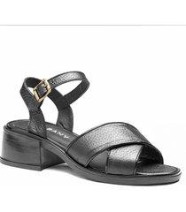 sandalia negra albany