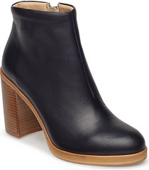 bridge zip boot shoes boots ankle boots ankle boots with heel svart royal republiq