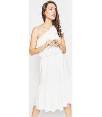 asymetryczna krótka sukienka z tkaniny lnianej
