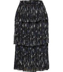 blur elula skirt knälång kjol svart bruuns bazaar