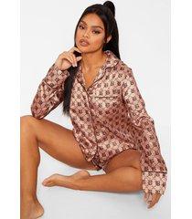 satijnen boohoo slaapblouse met lange mouwen en shorts pyjama set, camel