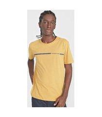 camiseta aleatory listrada amarelo/azul-marinho