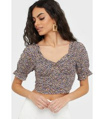 vila visona s/s sweetheart neck top/as t-shirts