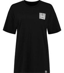 one long t-shirt