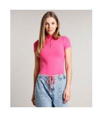 blusa feminina canelada com zíper de argola manga curta gola alta rosa