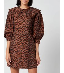 ganni women's leopard print cotton poplin bib dress - toffee - eu 40/uk 12