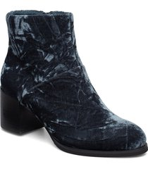 ceci v shoes boots ankle boots ankle boots with heel svart shoe the bear
