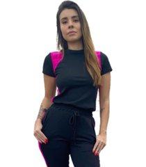 t-shirt canelado com recortes corpusfit - preto e rosa chock