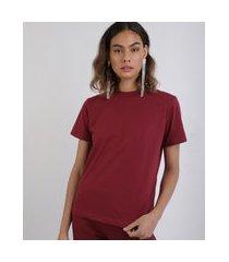 t-shirt feminina mindset manga curta decote redondo vinho