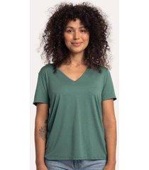 camiseta decote v ampla em modal terrário cora básico feminina - feminino