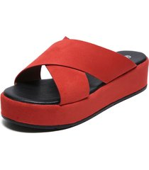 sandalia rojo agua de coco