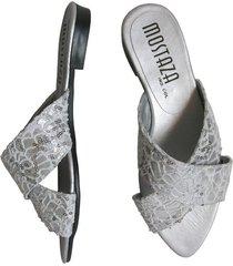 sandalia cruzada decorada para ocasiones especiales