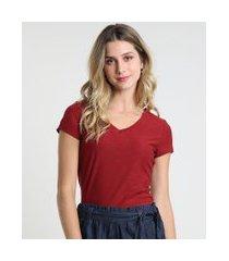 camiseta flamê de algodão básica manga curta decote v vermelha escuro