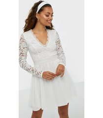 nly trend scalloped lace prom dress skater dresses