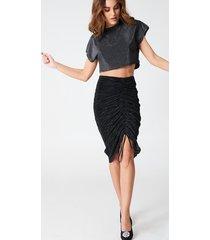 hannalicious x na-kd pleated drawstring skirt - black