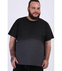 camiseta masculina plus size degradê manga curta gola careca preta