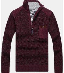 maglione lavorato a maglia con taschino sul petto con collo a mezza cerniera e patchwork casual da uomo